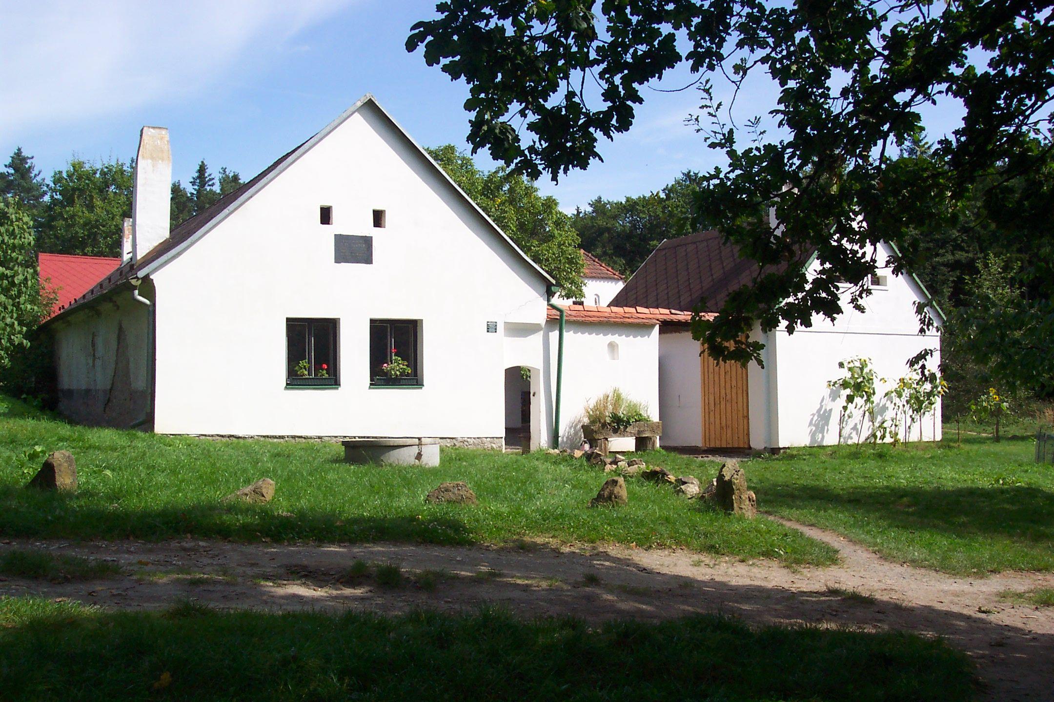 SEDMIČKA - pionýrská skupina Planá nad Lužnicí