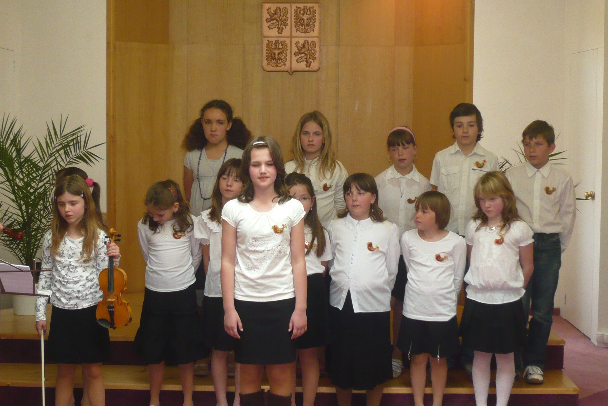 Skřivánek - pěvecký sbor 1. stupně základní školy v Plané nad Lužnicí